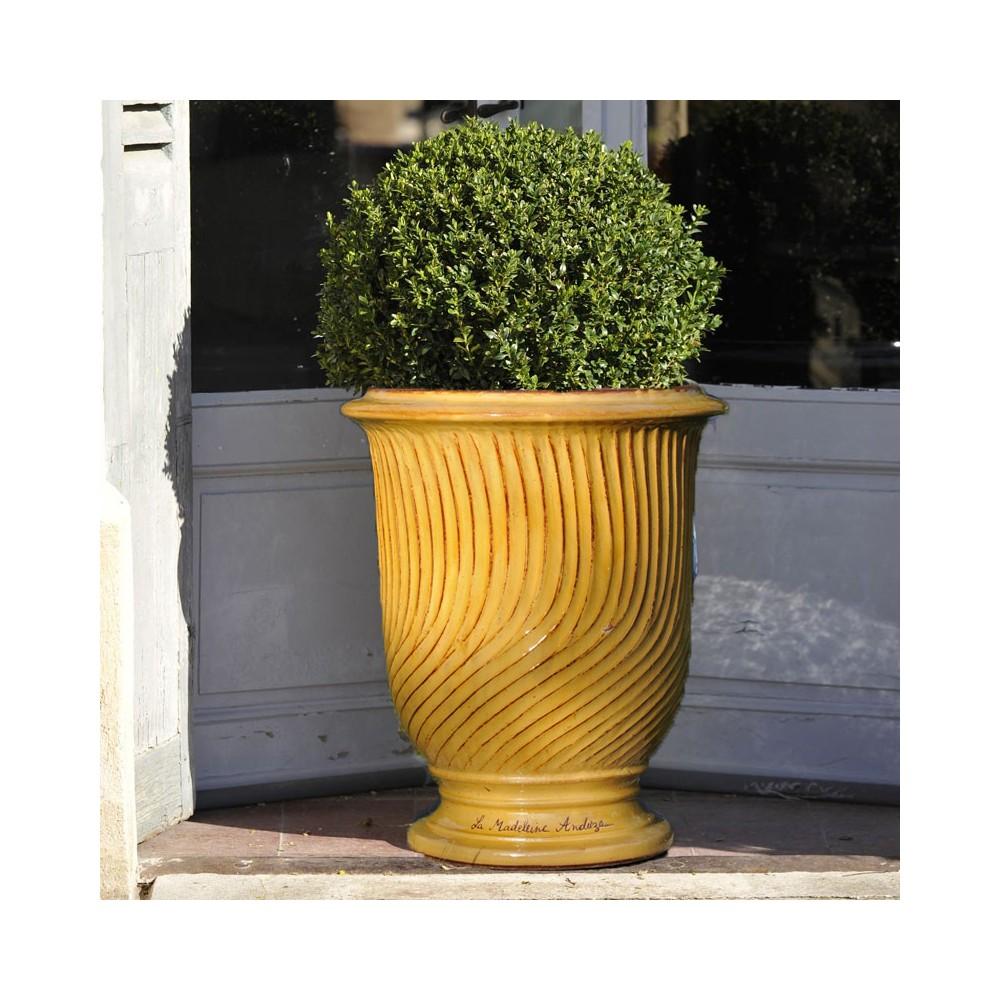 vase anduze stri tradition la madeleine. Black Bedroom Furniture Sets. Home Design Ideas