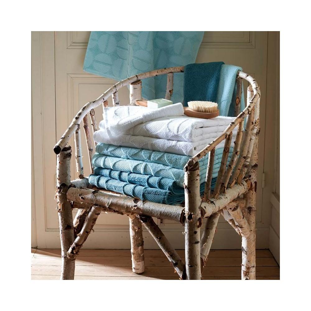 serviettes drap bain linge o. Black Bedroom Furniture Sets. Home Design Ideas