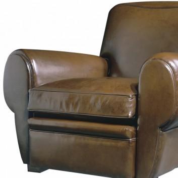 Fauteuil Club spacieux en cuir. par Collinet 70321f162add